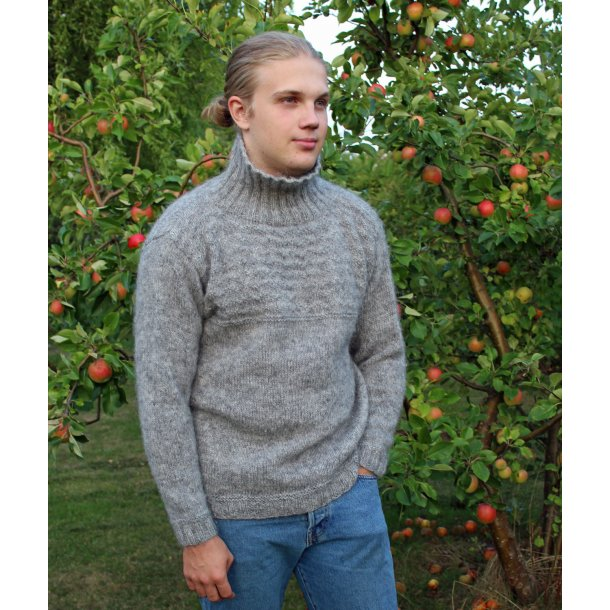 Scarborough Sweater /Hjelholt Græsgarn